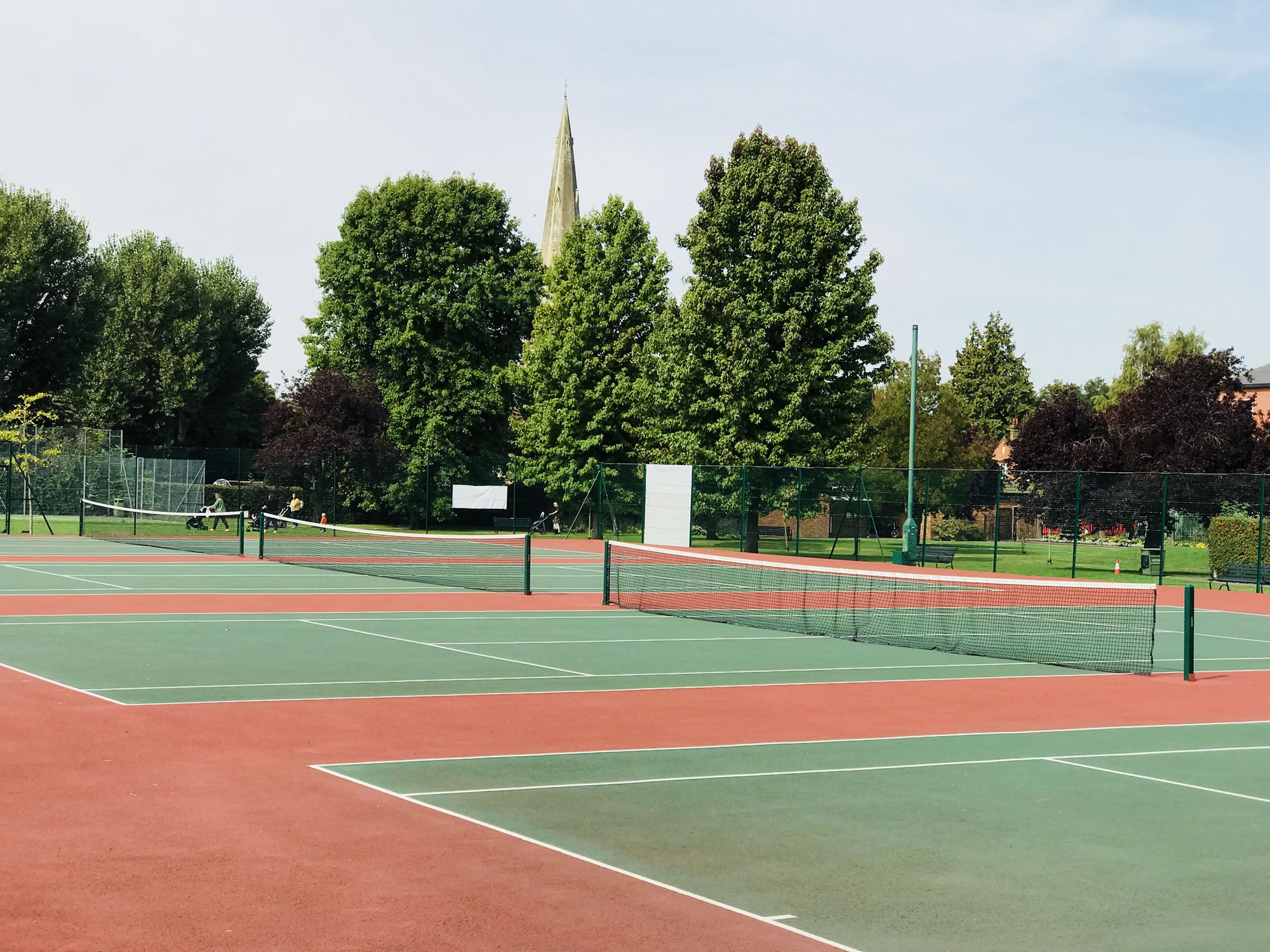 Tennis Courts - Churchfields Recreation Ground Weybridge - Surrey Tennis in the Park
